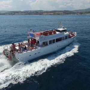 marbella boat charter - The Sea experience